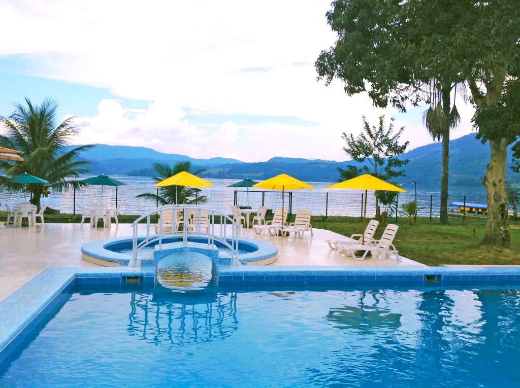Albergue Turístico Laguna Azul